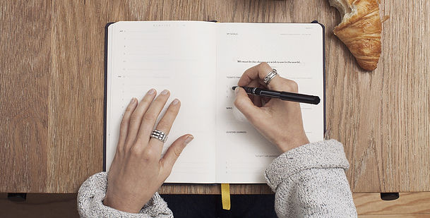 5 Ways to Journal for a Successful Mindset and Master your Calendar!